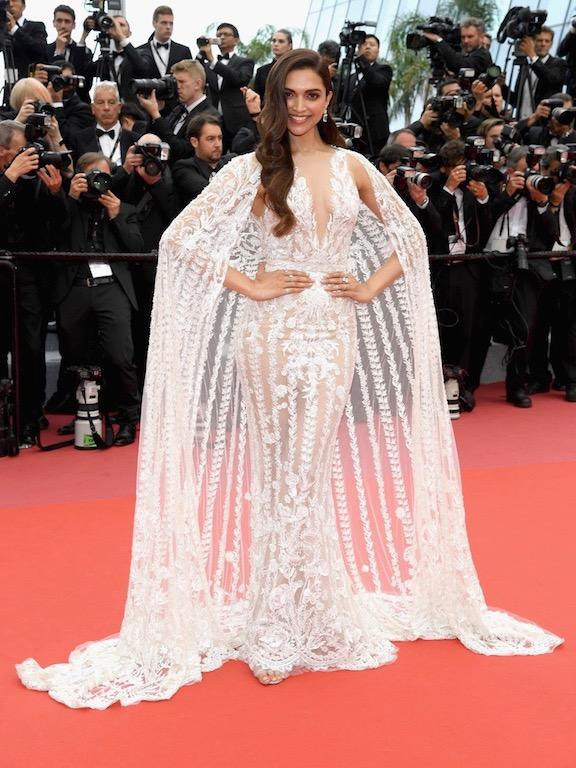 اطلالة ملكية في فستان من زهير مراد اعتمدتها ديبيكا بادكون: