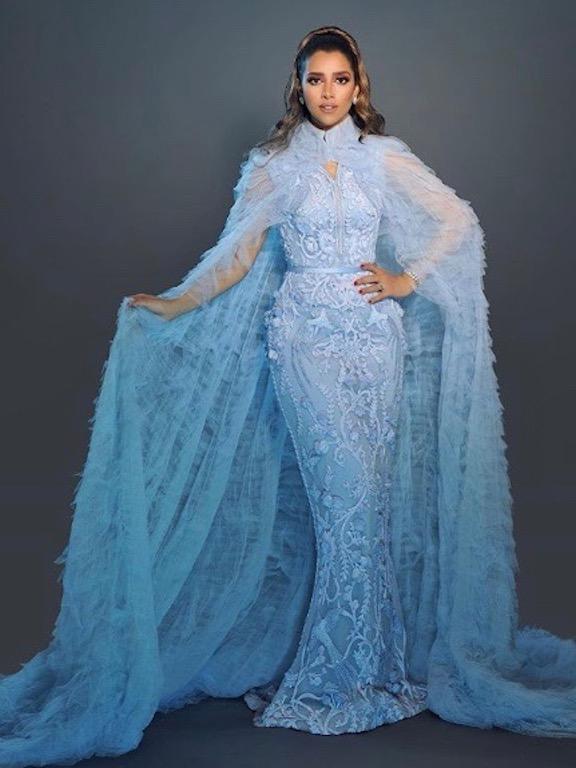 بلقيس فتحي في اطلالة ملكية باللون الأزرق