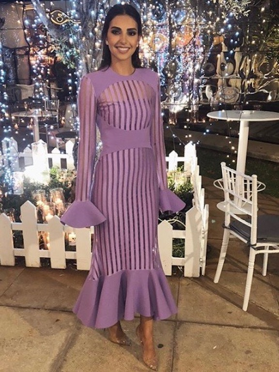 فاليري أبو شقرا في فستان ناعم في حفل خطوبتها