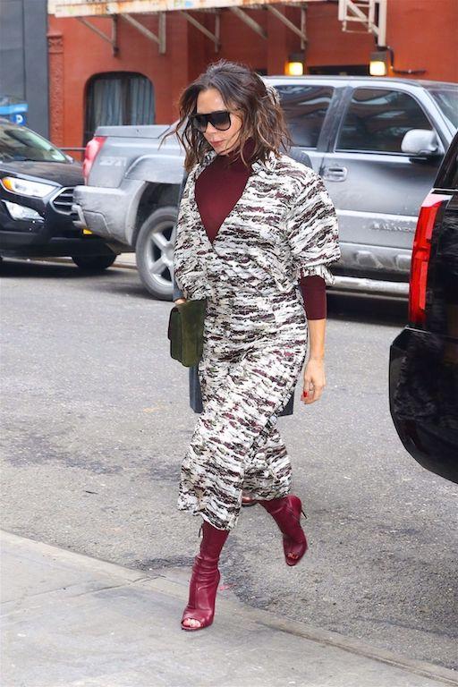 فستان ميدي معرق خيار فيكتوريا بيكهام