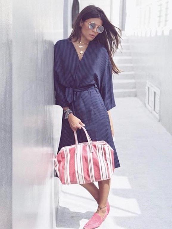 العنود بدر في فستان قماشي
