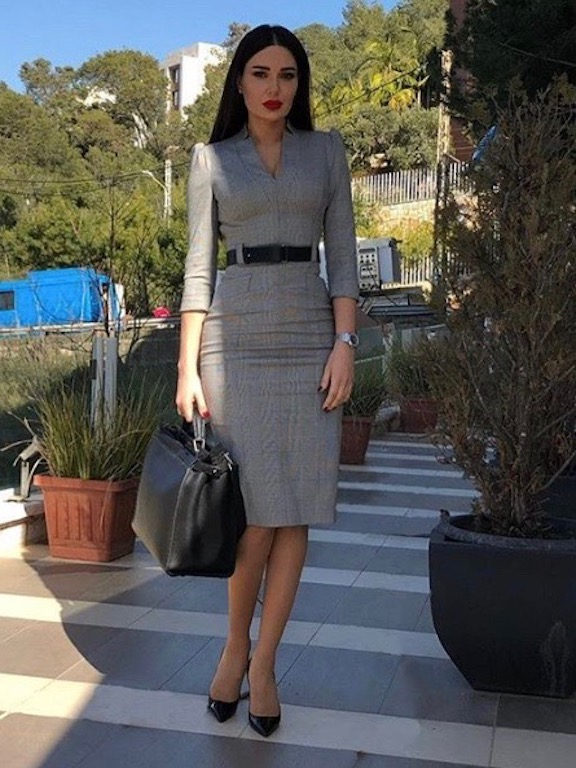 63bf19a902c79 أزياء سيرين عبد النور في مسلسل الهيبة تشغل الانستقرام