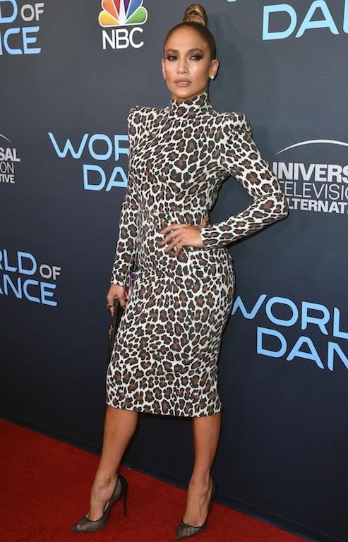 فستان ميدي بنقشة النمر خيار جنيفر لوبيز