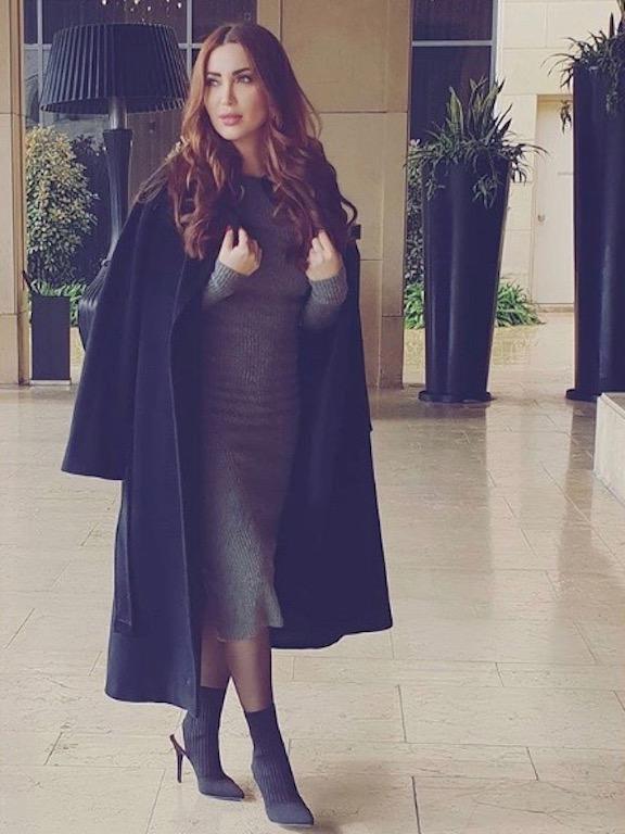 نسرين طافش في لوك أنيق مع حذاء الكاحل