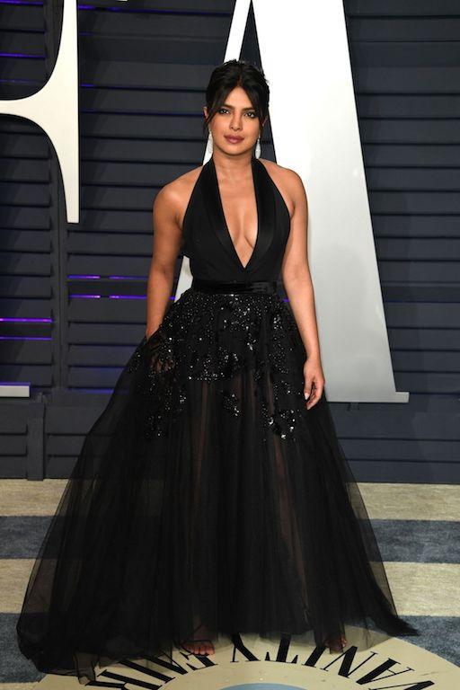 بريانكا شوبرا في فستان من إيلي صعب