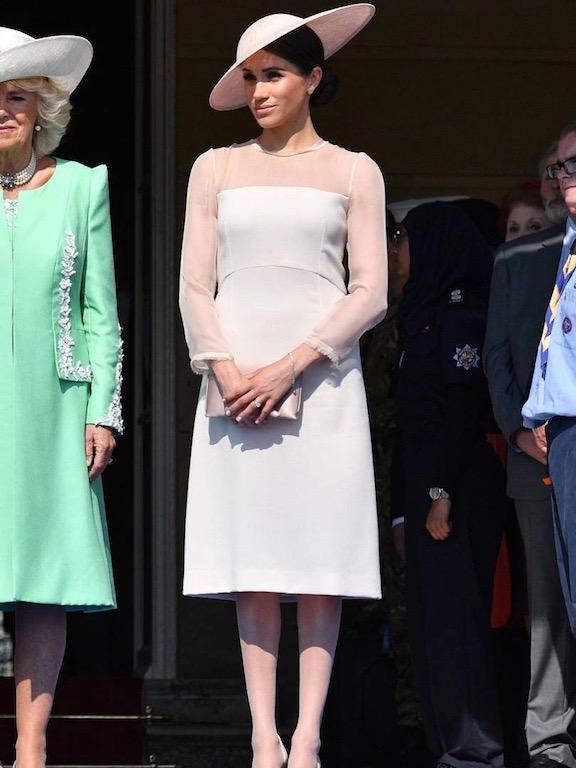 ميغان ماركل في فستان ناعم