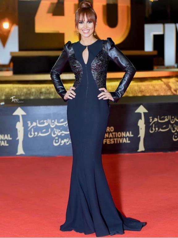 ياسمين رئيس في اطلالة مبتكرة في فستان من باسيل سودا
