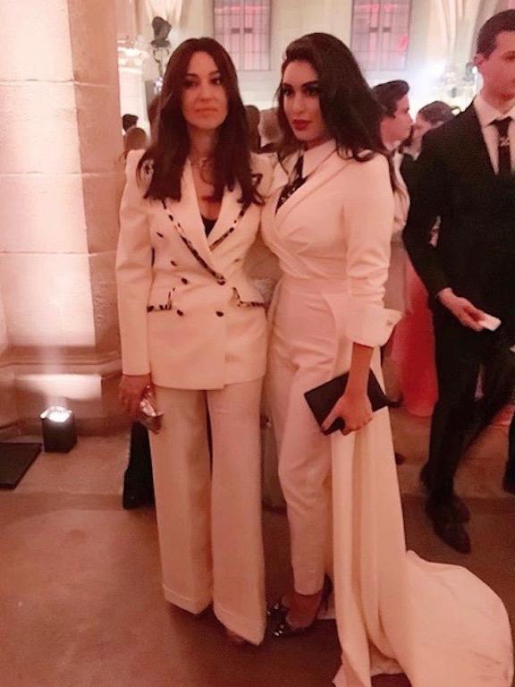 مونيكا بيلوتشي وياسمين صبري أنوثة في الأزياء الرجالية