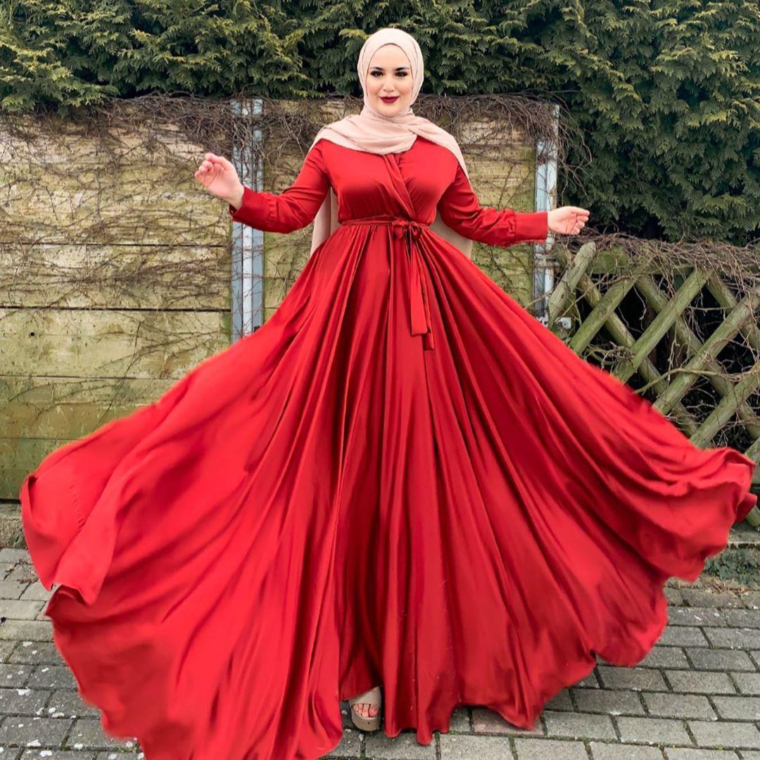 فستان سهرة عالي الخصر للمحجبات
