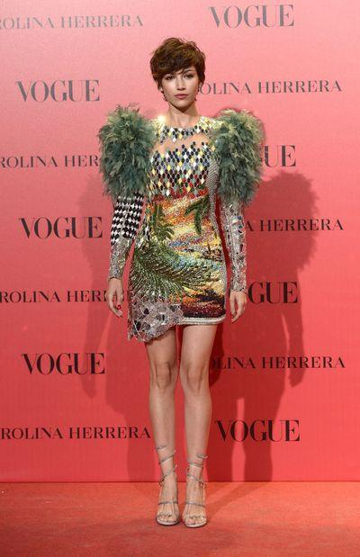 فستان بتصميم قصير من بالمان اختارته أورسولا كوربيرو