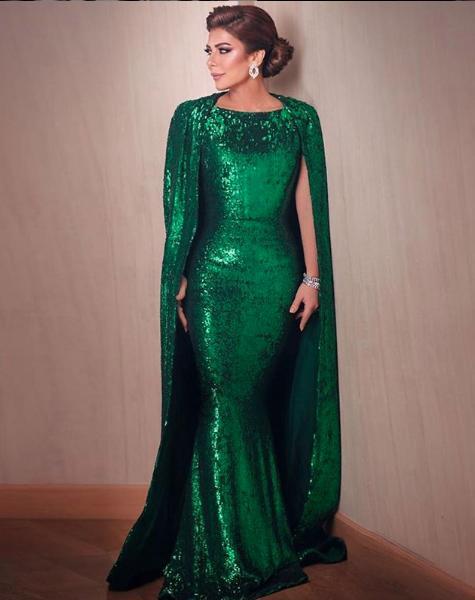 فستان من الترتر باللون الأخضر اختارته اصالة من نيكولا جبران