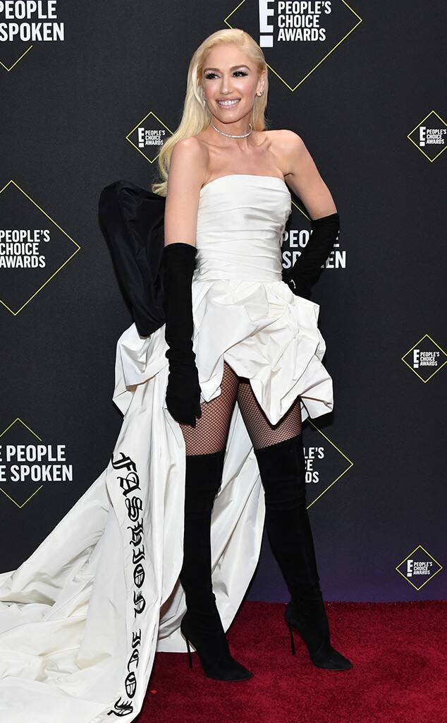 غوين ستيفاني في فستان من فيرا وانغ