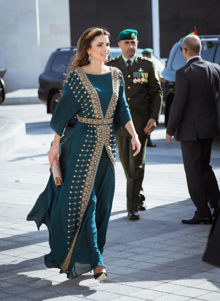 أناقة الملكة رانيا في القفطان
