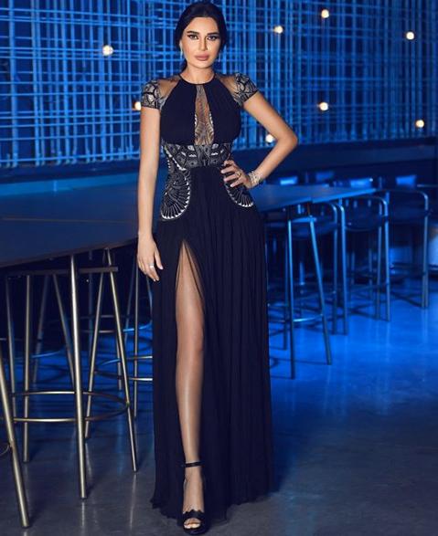 سيرين عبد النور في فستان أسود من زهير مراد