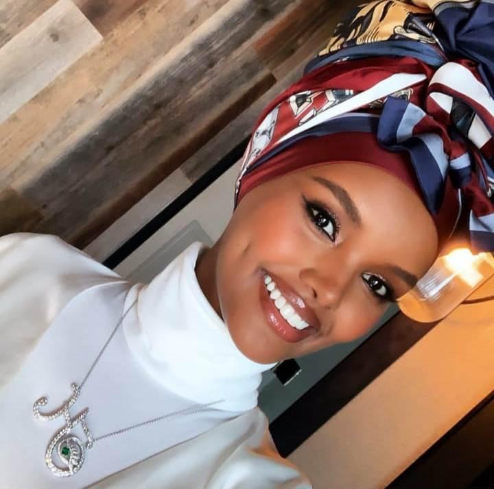 حليمة عدن بتوربان أفريقي
