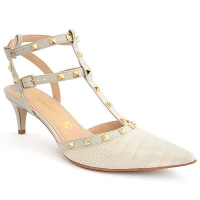 حذاء نسائي كعب متوسط مرصّع بطبعة جلد حيواني كريمي اللون من تاماريس