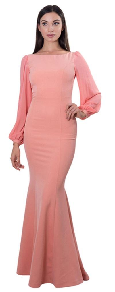 فستان طويل باللون المشمشي، بتصميم حورية البحر من كوكا