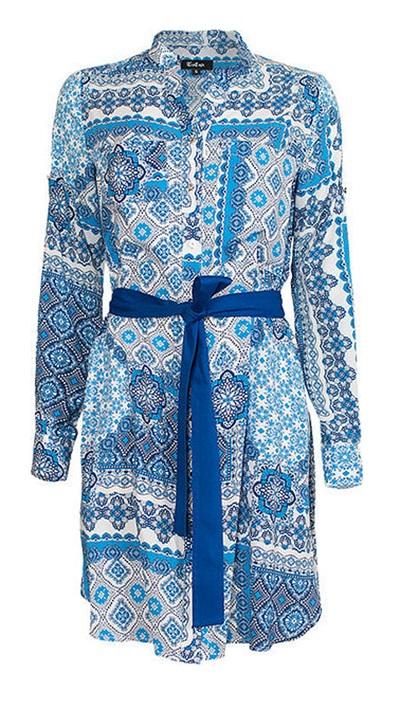فستان برسومات مزخرفة مع ربطة خصر من تروايجل
