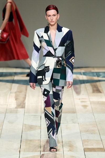 بدلة باتشوورك من أليكساندر ماكوين Alexander McQueen