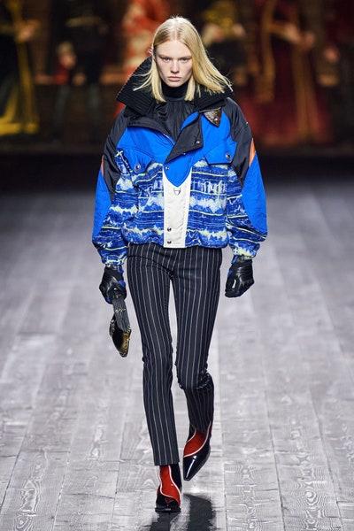 بنطلون بالتقليمات من لويس فويتون Louis Vuitton
