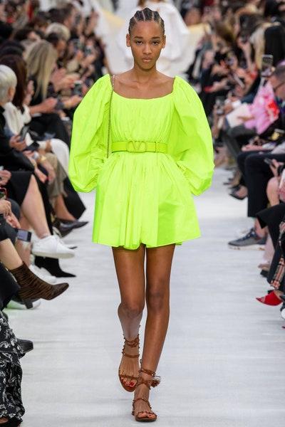 فستان كاجوال سادة من فالنتينو Valentino