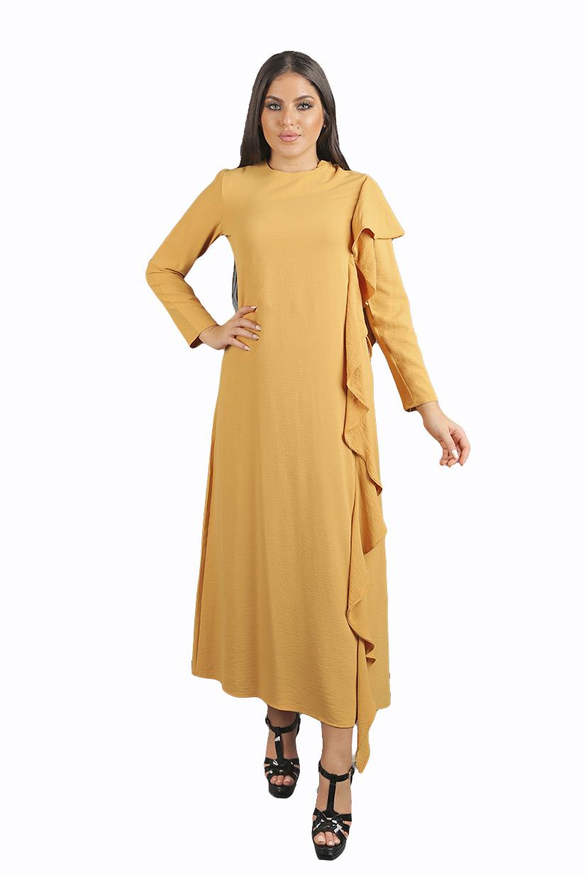 فستان طويل بأكمام طويلة من جاكلين باريس