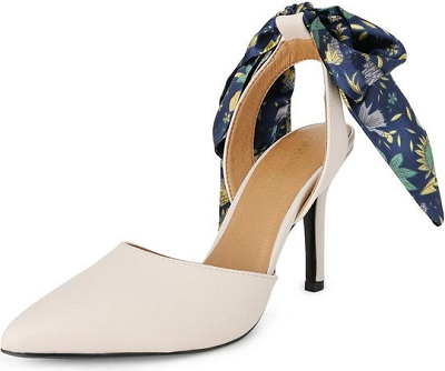 حذاء كعب جلد باللون البيج للنساء من فيرست شو