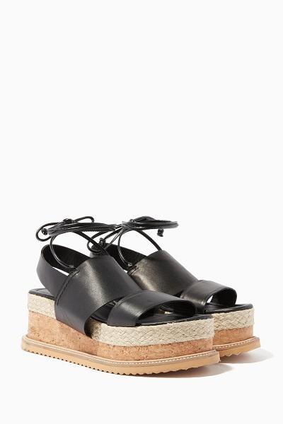حذاء مريح مع كعب عريض من ويسلز WHISTLES