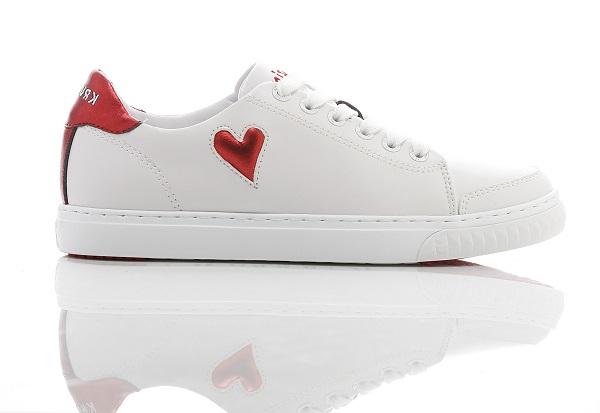 حذاء سنيكر نيكي باللونين الأحمر والأبيض للنساء من كروزين