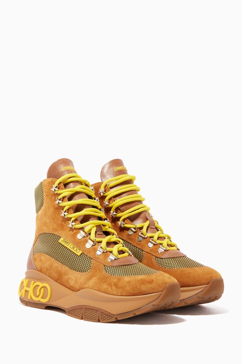 حذاء سنيكرز من جيمي شو