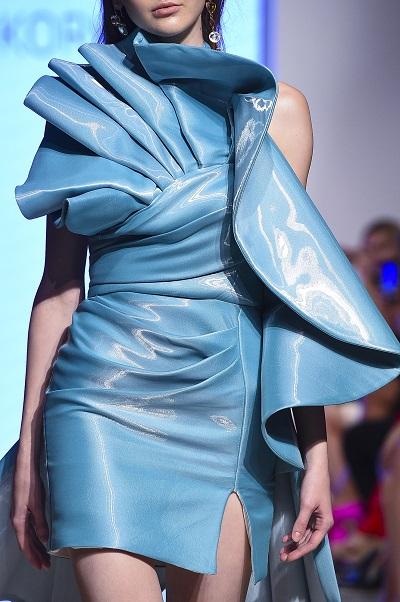 تصميم للمصمم محمد قرقماز خلال أسبوع الموضة العربي