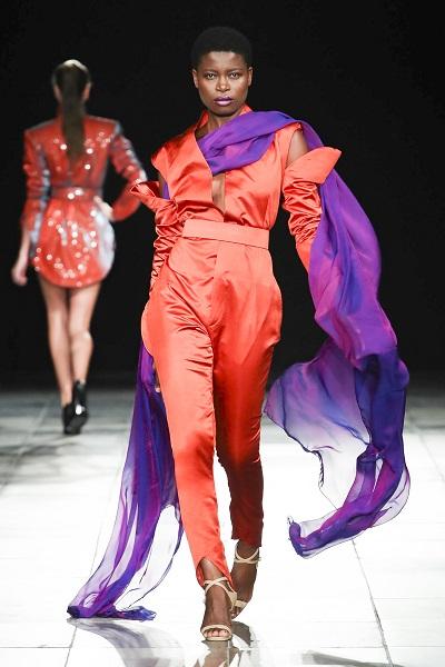 من تصاميم ميخائيل شمعون خلال اسبوع الموضة العربي1