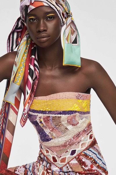 موضة التوربان مع الفستان لإطلالة صيفيو منعشة من إميليو بوتشي Emilio Pucci