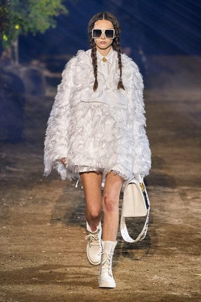 نظارات شمسية بيضاء مربعة من كريستيان ديور Christian Dior