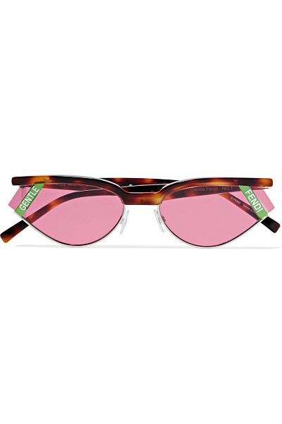 نظارات شمسية من فندي Fendi للمرأة المرحة