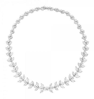 عقود الماس ناعمة من بياجيه لإطلالة فاخرة