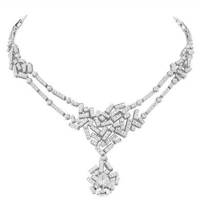 قلادة Le Grand Frisson من الماس من شوميه Chaumet