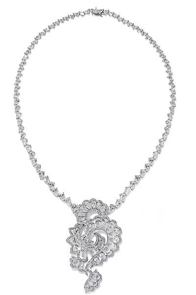 عقود الماس من شوبارد Chopard