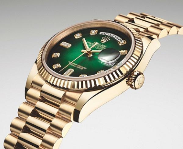 ساعة فاخرة من رولكس Rolex