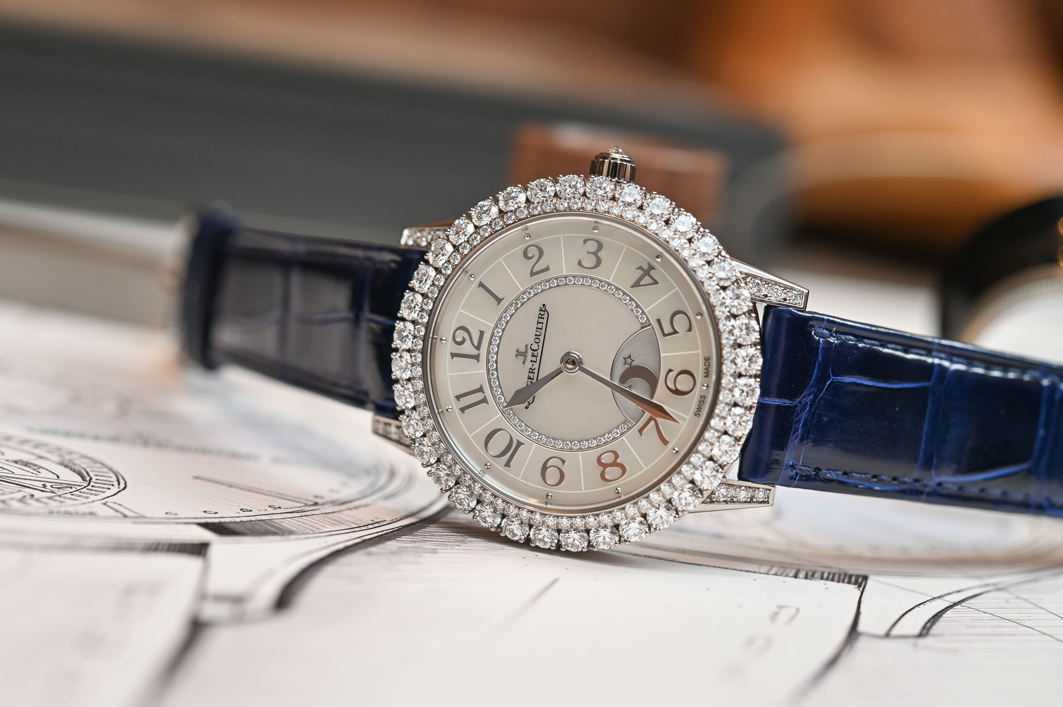 ساعة Rendez-Vous Night and Day  من Jaeger-LeCoultre-