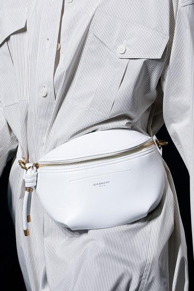 شنطة خصر من جيفنشي Givenchy