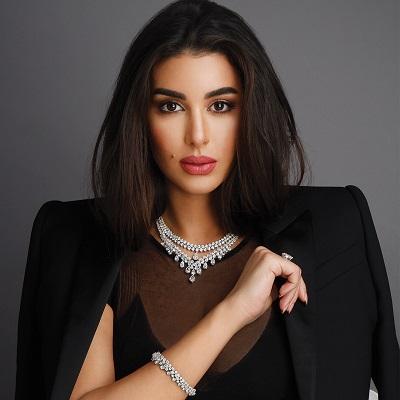 ياسمين صبري بقلادة من الماس من داماس Damas