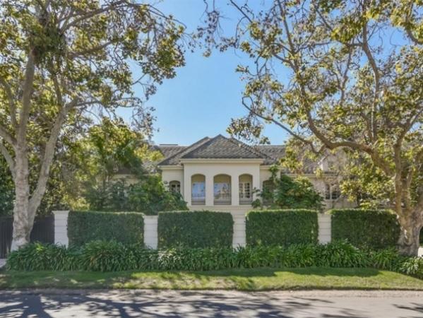 صور منزل أفريل لافين المعروض للبيع