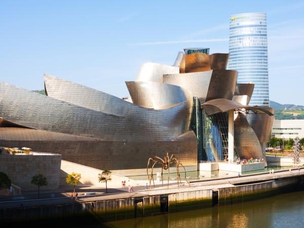 بلباو تفرض حضورها على خريطة السياحة في اسبانيا