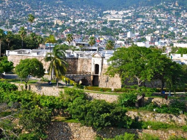 زيارة سياحية إلى أكابولكو على خطى المشاهير