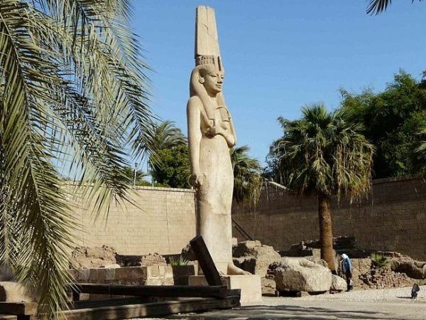 السياحة في مصر: متحف سوهاج الوطني يرحب بالزائرين