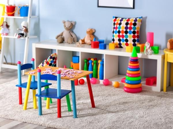 التدبير المنزلي: كيف أرتب المنزل في حضور الأطفال؟
