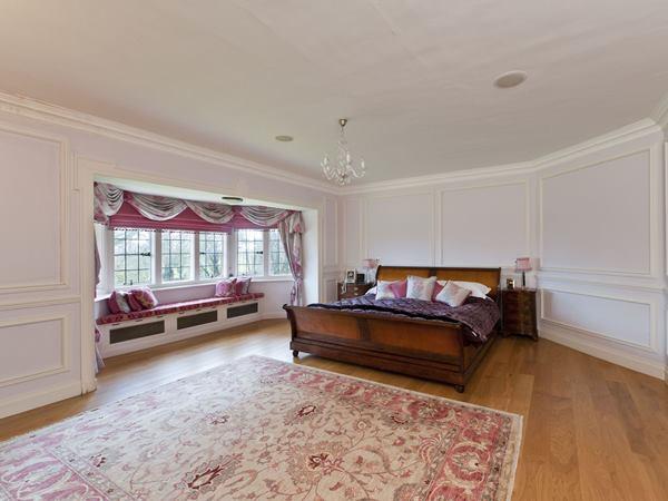 صور: غرف نوم كلاسيك في منازل النجمات