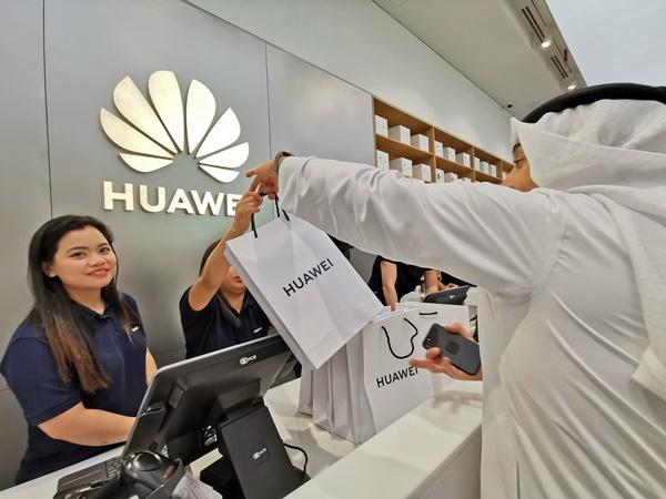 الطلب المسبّق على سلسلة هواتف HUAWEI P30 يُسجل 6 مرّات أكثر
