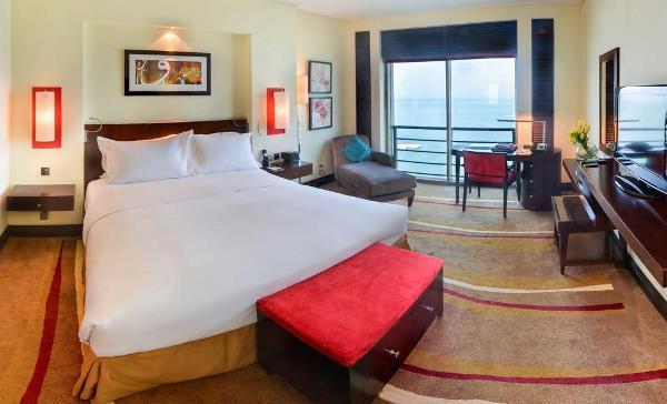 نموذج من الغرف في فندق سوفيتيل كورنيش الخبر